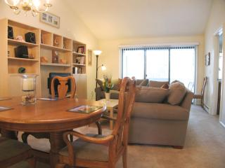 Ocean Edge Upper Level with Pool (fees apply) - EA0458, Brewster