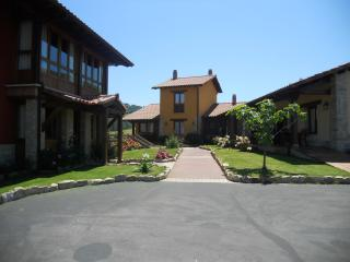 Spacious Apartments  Close To Picos De Europa, Parrés
