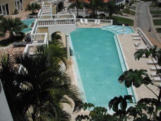 Sunset Villas Best-2 King Suites-Poolside-Sea View