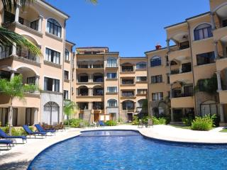 Casa Solamar, 3 Bedroom Beach Side Condo, Tamarindo