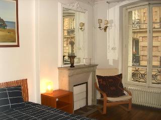 Arlette La Fourche Paris vacation rental for six