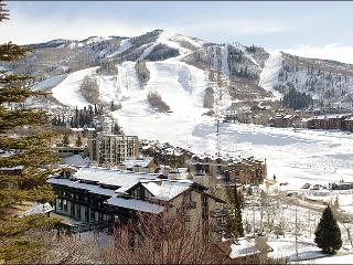Recently Remodeled & Refurnished - Slopes, Dining, & Shopping Right Outside (4553), Steamboat Springs