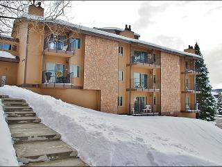 Good  Location & Amenities - Nice View of the Gondola (4656), Steamboat Springs