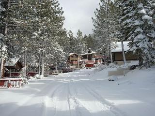 Tahoe Tyrol 1227