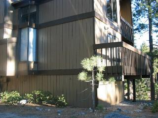 Beautifully remodeled 3 bedroom, 2 bath plus loft condo in Lake Village, Zephyr Cove
