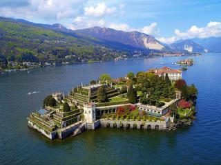 Lake Maggiore breathtaking view romantic apartment