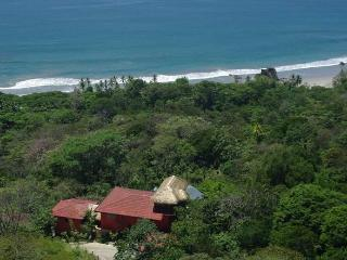 Villas Vecinos - Adjacent Homes - Walk to Beach!, Parque Nacional Manuel Antonio