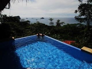 Villas Vecinos - Adjacent Homes - Walk to Beach!