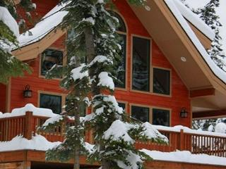 Stunning Mountain Home! 4BR+Loft | 3BA | Sleeps 12 | 3-for-2 Special!, Cle Elum