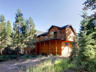 Large 6 bedrooms, 5 baths. At Home In The Mountains!