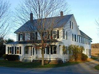 Foster Farmhouse East Wing - Alyson's Orchard, Walpole
