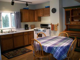 Kitchen/ Dining
