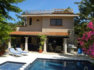 4 BR Villa with Private Pool minutes from Beach, Playa del Carmen