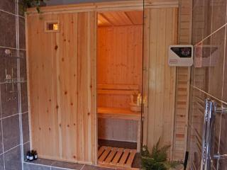 The sauna in the ensuite, relax after day in the hills or even after doing nothing, you deserve it!