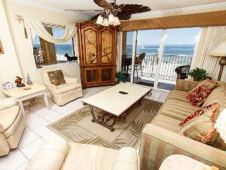 GD 411: beach front, corner unit, amazing views, private patio,FREE BEACH SVC