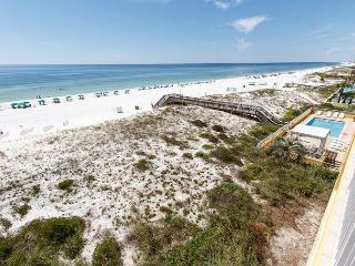 GD 411: beach front, corner unit, amazing views, private patio,FREE BEACH SVC