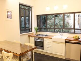 Perfect 2bdr Retreat - Heart of TLV.Near Dizingoff