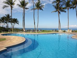 Totally renovated, closest to the beach!, Wailea