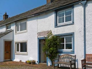 MELL FELL COTTAGE , character holiday cottage, with open fire in Penruddock