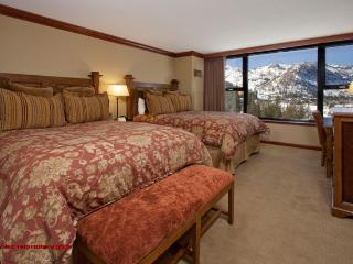 Resort at Squaw Creek Studio #806, Olympic Valley