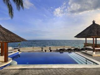 Villa Talia Vashti - Lovely Views on the Ocean