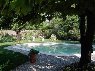 Terrific 1 Bedroom Apartment in Villa in Center of Lorgues
