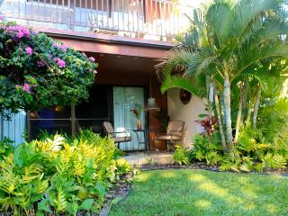 Eat,Drink & Be Maui!  Artists Condo Steps to Beach