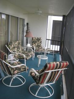 Lots of seating on the Lanai overlooking beach