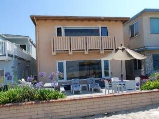 Best Oceanfront Deal in Newport Beach! Huge Patio! Beautiful Views! (68268)