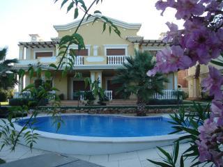 Beautiful villa in the eastern algarve for rent, Tavira
