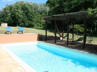 Secluded, restored mill with private pool, Umbria