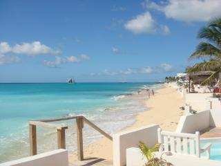 3 bdrm 3 bath Villa on the beach in st. maarten, Baie de Simpson