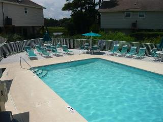 Cozy 3 Bedroom Ocean Green Cottage in a Convenient Location at Myrtle Beach SC