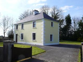 Farmhouse Holiday Vacation Cottage Co Mayo Ireland, Claremorris