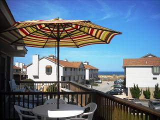 Oceanside Home with Ocean View, Kitty Hawk