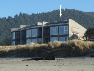 Prime corner unit directly on the beach