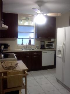 Granite Counter-tops, Refrigerator with ice-maker, dishwasher,