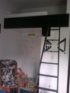 ladder to loft bed