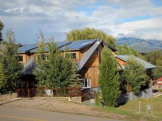 Custom Home w/ Hot Tub in Downtown, sleeps 4, Pagosa Springs