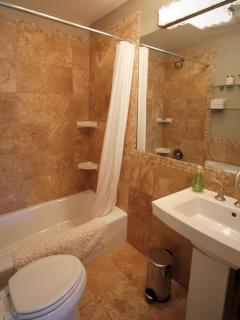 Full Bathroom w/ heated floors
