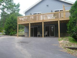 17 BR, Hot Tub, Snowmobiling/Skiing, Water View, Lake George