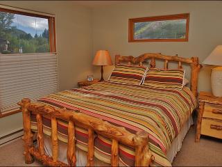 Queen Size Bed in the Bedroom
