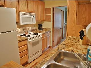 Nicely Remodeled , Fully Equipped Kitchen