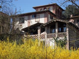 Villa Caprera, Siena Farmhouse. Casa Borgianni.