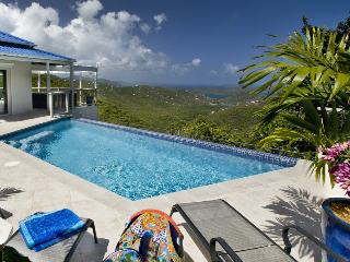 Bordeaux Breeze at Spice Hill, Bordeaux Mountain, St. John - Ocean View, Heated Infinity Pool, Perfe