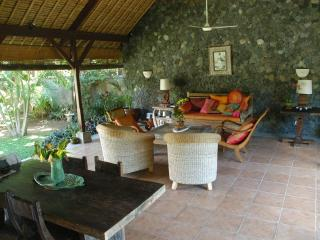 the dinning and living room under the great veranda