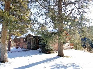 Located on the West Fork of the Gallatin River - Private, but also very close to the Town Center (1051), Big Sky