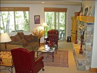 Close to River Run Lifts and Trail Creek - Fine Furnishings, Country Decor (1007), Ketchum