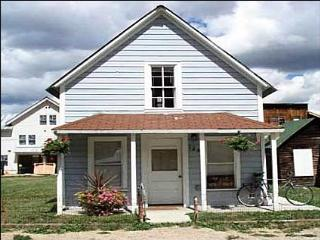 Charming Historic Home - Close to Restaurants and Shopping (1027), Crested Butte