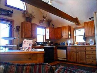 Overlooks Mount Crested Butte and Paradise Divide - Located in Downtown Crested Butte (1038)